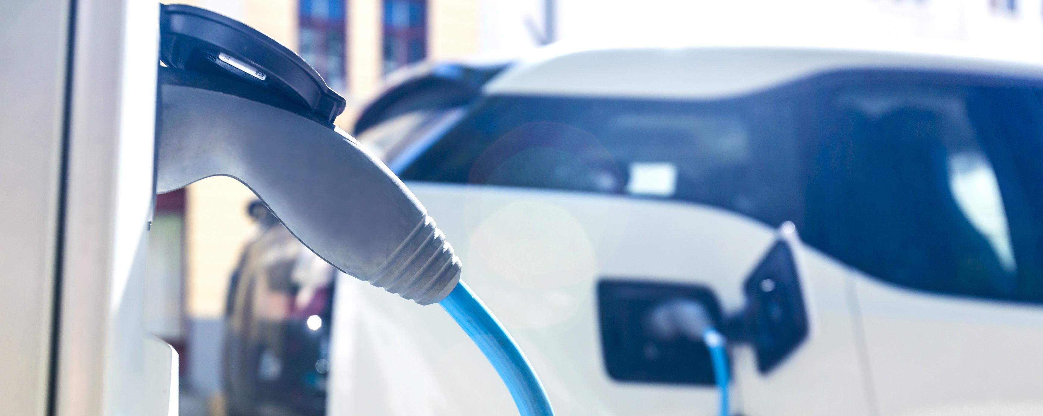 Elektrische Auto Opladen Op Vakantie In Het Buitenland Leaseblog Nl