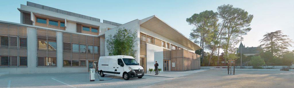 Renault Master Z.E. lease