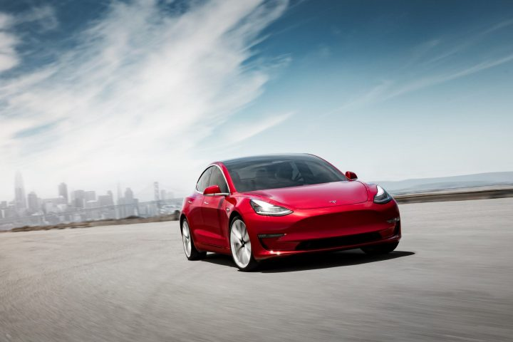 Minder oplaadtijd door update Tesla Superchargers